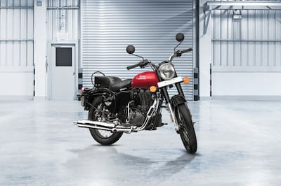 Royal Enfield Bullet 350 Right Side View