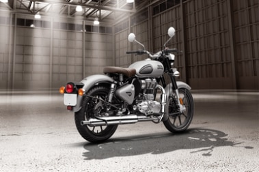 Royal Enfield Classic 350 Rear Right View