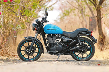 Royal Enfield Thunderbird 500X Left Side View