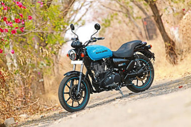 Royal Enfield Thunderbird 500X Front Left View
