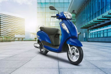 Suzuki Access 125 BS4 Front Right View