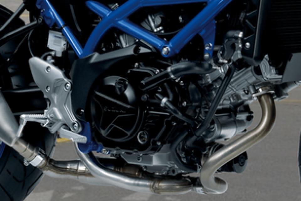 Suzuki SV650 Engine