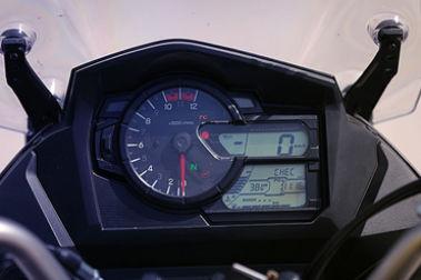 Suzuki V-Strom 650XT Speedometer