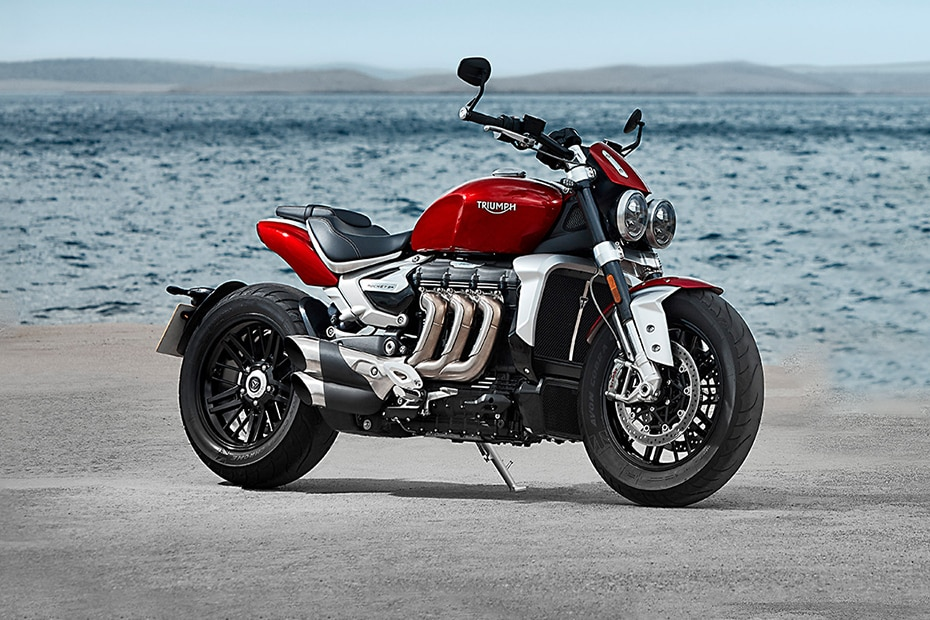 Triumph Rocket 3 R Front Right View