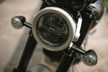 Triumph Scrambler 1200 Head Light