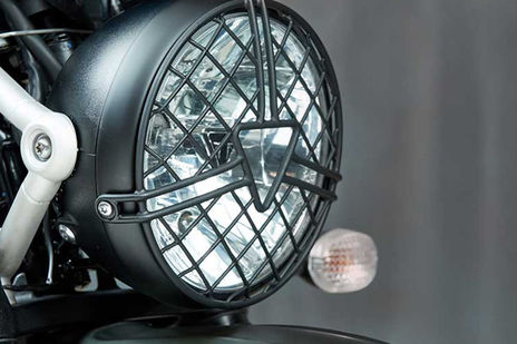 Triumph Street Scrambler Head Light