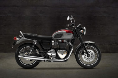 Triumph Bonneville T120 Right Side View