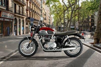 Triumph Bonneville T120 Left Side View