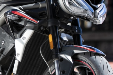 Triumph Street Triple Front Mudguard & Suspension