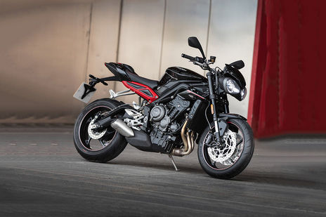 Triumph Street Triple Rs Price Images Mileage Specs Features