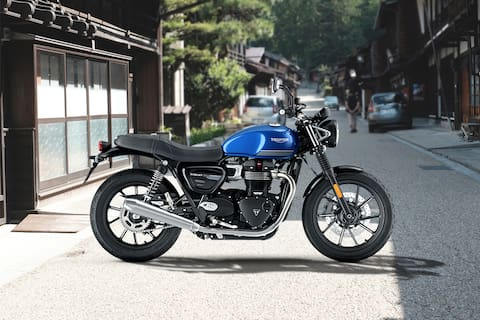 Triumph Street Twin Right Side View