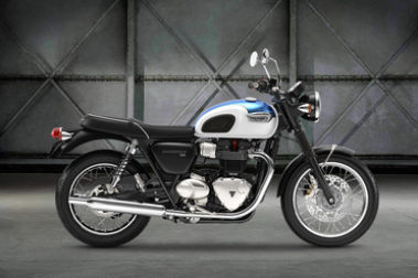 Triumph Bonneville T100 Right Side View