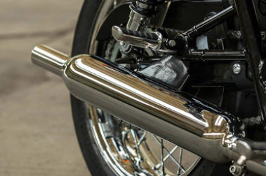 Triumph Bonneville T100 Exhaust View