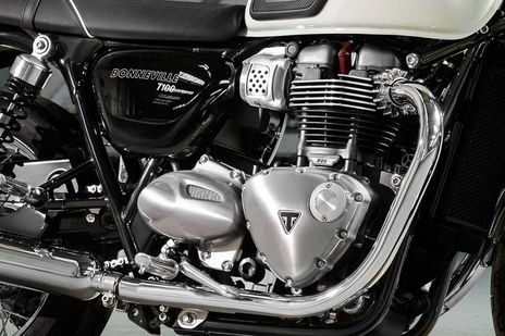 Triumph Bonneville T100 Engine