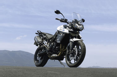 Triumph Tiger 800 Front Right View