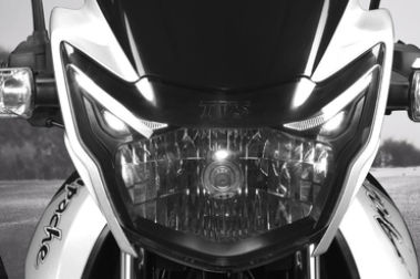 TVS Apache RTR 160 Head Light