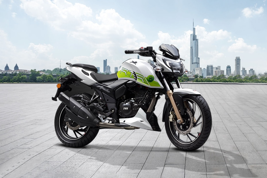 TVS Apache RTR 200 Fi E100 Front Right View