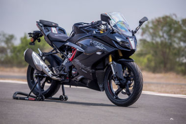 TVS Apache RR 310 Front Right View