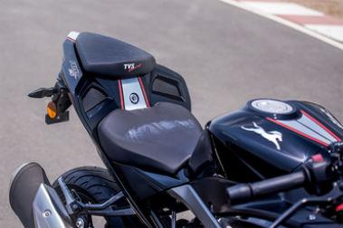 TVS Apache RR 310 Seat