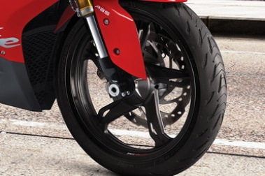 TVS Apache RR 310 Front Tyre View