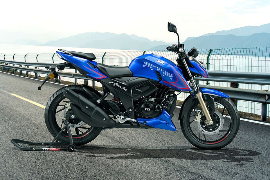 टीवीएस Apache RTR 200 4V Right Side View