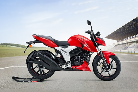 TVS Apache RTR 160 4V Rear Left View
