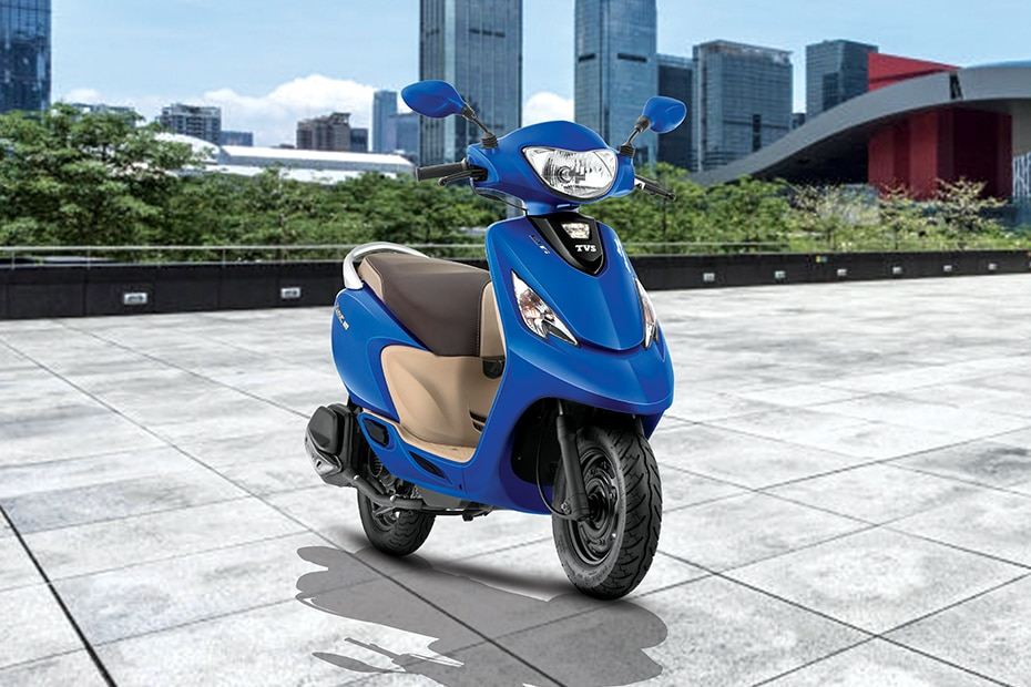 TVS Scooty Zest Front Right View