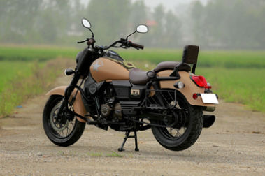 UM Renegade Commando Mojave Rear Left View
