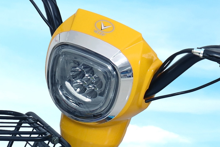 Velev Motors VEV 01 Head Light