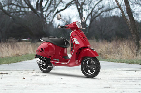 Vespa GTS Super 125 STD