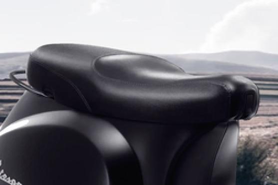 Vespa Notte 125 Seat