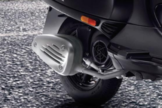 Vespa Notte 125 Rear Tyre View