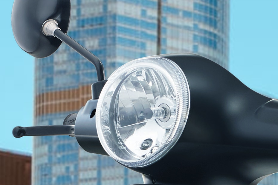 Vespa Notte 125 Head Light