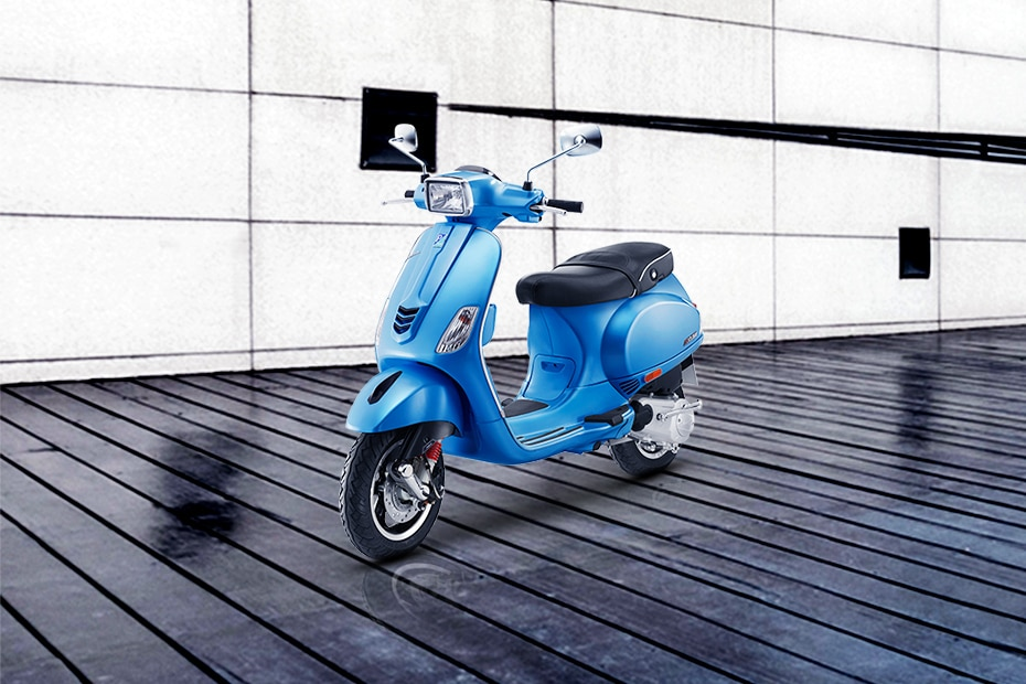 Vespa SXL 125 Front Left View