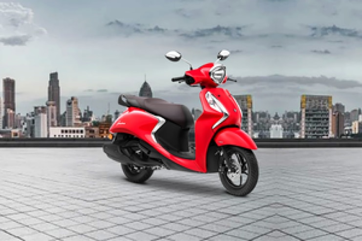 यामाहा Fascino 125 Front Right View