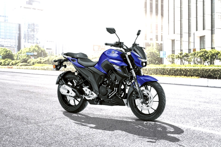 Yamaha FZ 25 Front Right View
