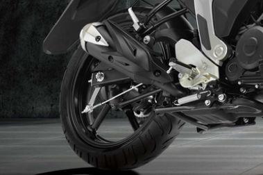 Yamaha FZ FI Rear Tyre View