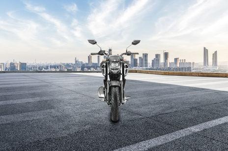 Yamaha FZ-S Fi Version 3.0 Front View