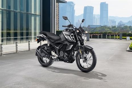 Yamaha FZS-FI V3 Dark Knight Bluetooth
