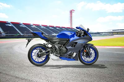 Yamaha R7 Right Side View
