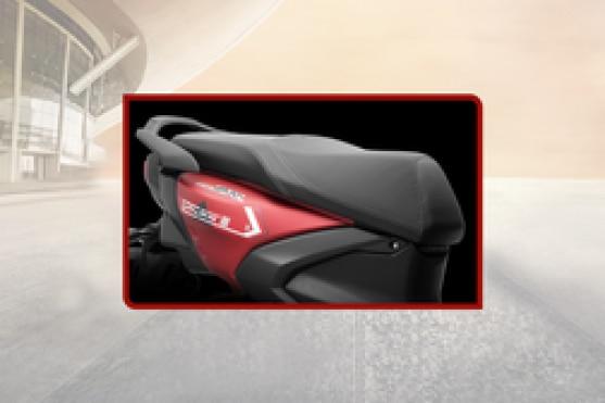 Yamaha RayZR 125 Seat