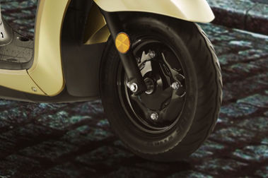 Yamaha Fascino Front Tyre View