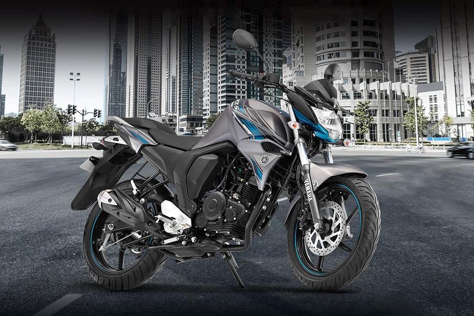 Yamaha FZ S FI (V 2.0) Front Right View