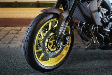 Yamaha MT 09 Front Tyre View