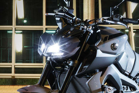 Yamaha MT 09 Head Light