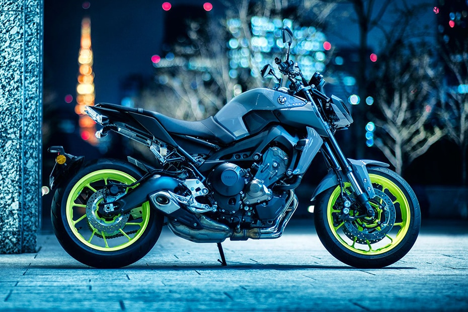 Yamaha MT 09 Right Side View