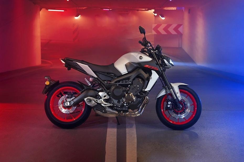 Yamaha MT 09 Price, Mileage, Images, Colours, Specs, Reviews
