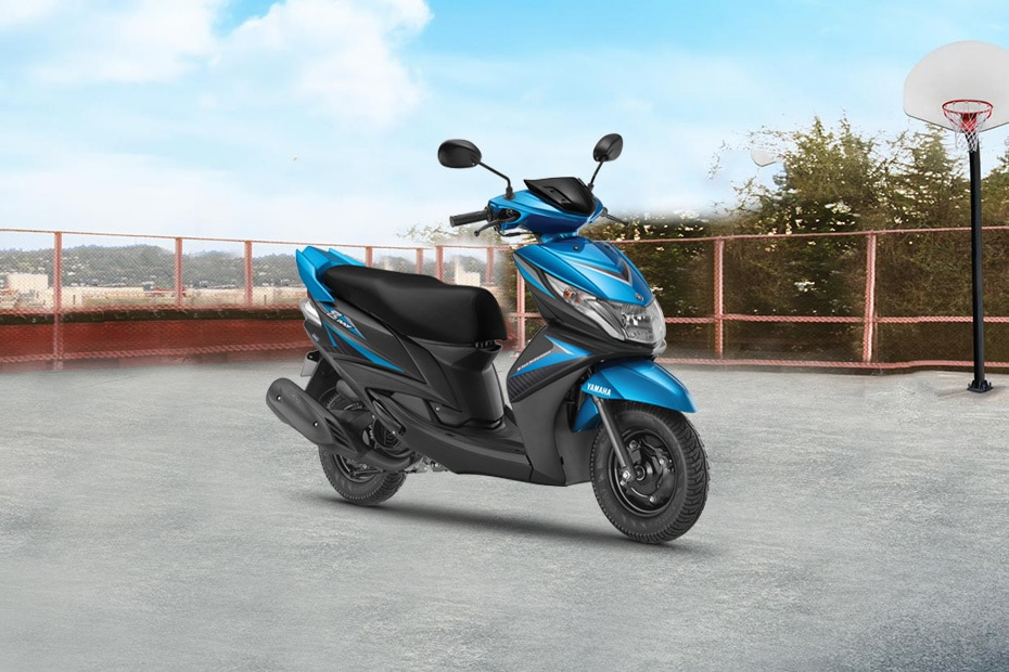 Yamaha Ray Z Front Right View