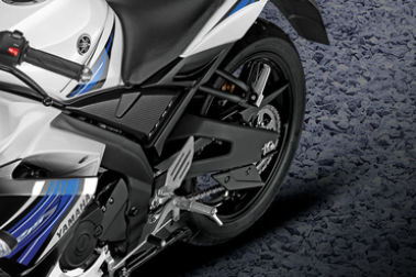 Yamaha YZF R15S Rear Tyre View