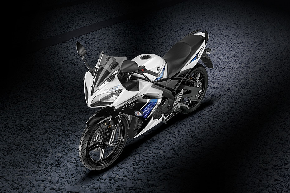 Yamaha YZF R15S Front Right View